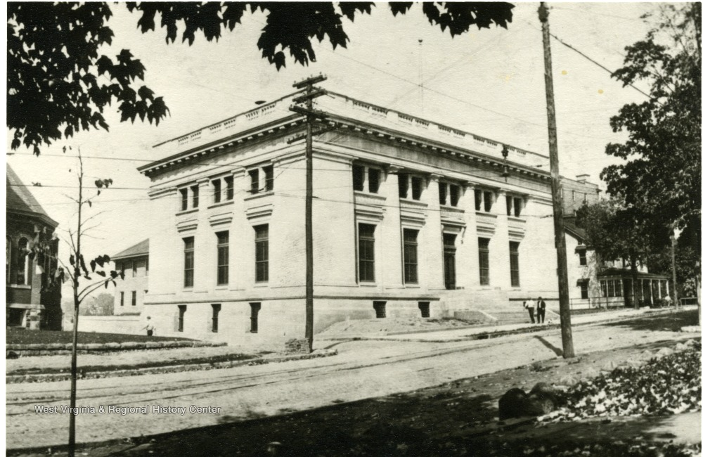 Photo of the post office building following construction.
