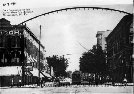Looking South on 9th St from 3rd Ave, 1911