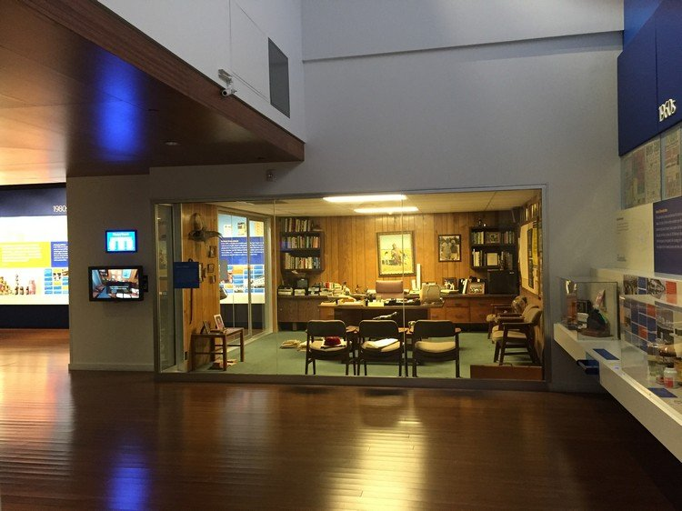 One of the museum exhibits is Sam Walton's office, recreated to resemble the way it was the day he left for the last time. Image obtained from hobbiesonabudget.com.