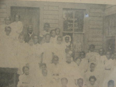 undated photo of congregation at St. Philips Sunday School