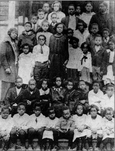 Early 1900s photo of St. Philips Sunday school class. Courtesy of JCBHPS
