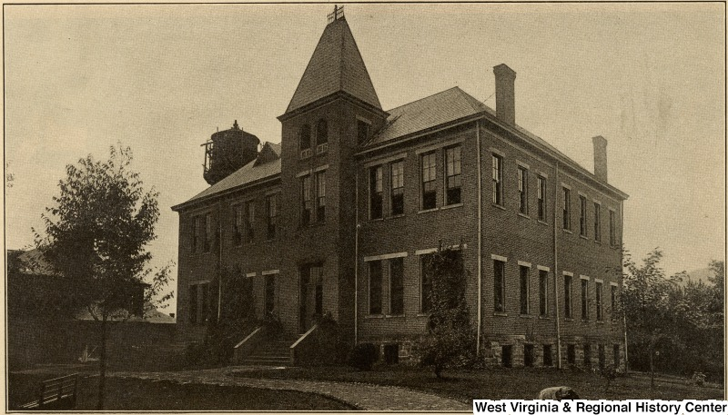 Fleming Hall at West Virginia State College.  Photo courtesy of West Virginia and Regional History Center, WVU Libraries.