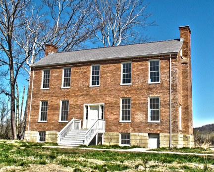 The Jenkins Plantation was built around 1835 and was restored as part of a US Army Corps of Engineer project.