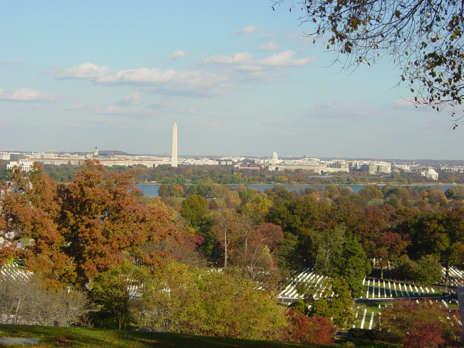 View of Arlington National Cemetery, the Potomac River, and downtown Washington, D.C. from the Arlington House. Wikimedia Commons.