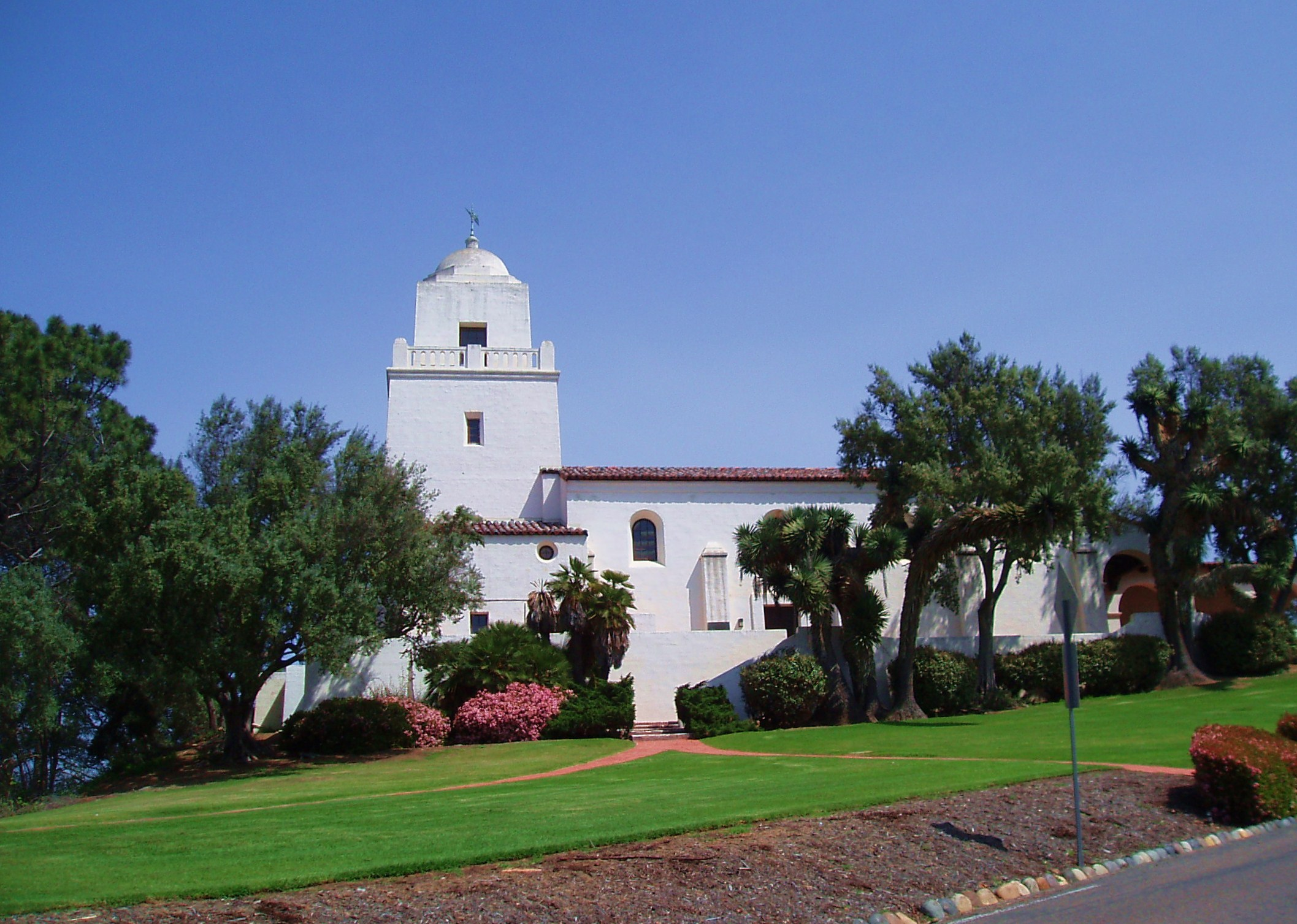 Another view of the Junípero Serra Museum