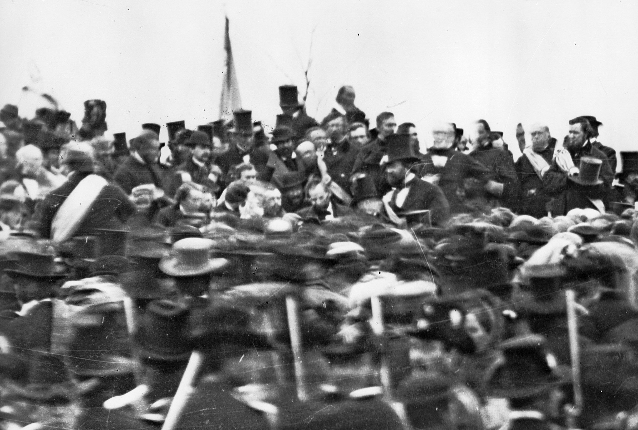 A photo of the dedication ceremony where Lincoln delivered the Gettysburg address.