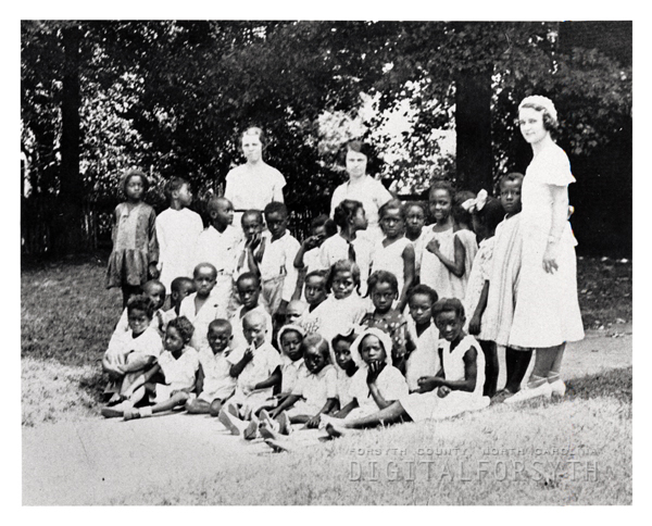 1935 Sunday School class with instructors.