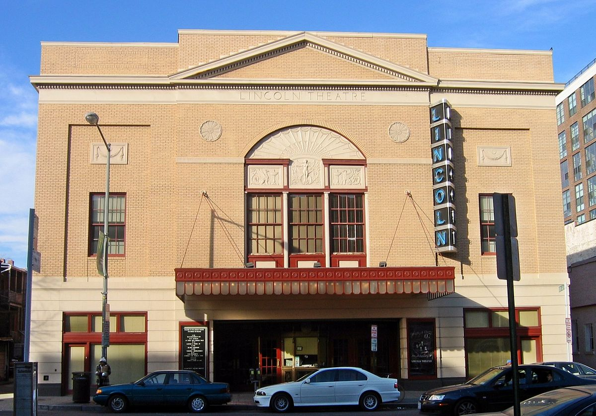 A view of the Lincoln Theatre from 2007