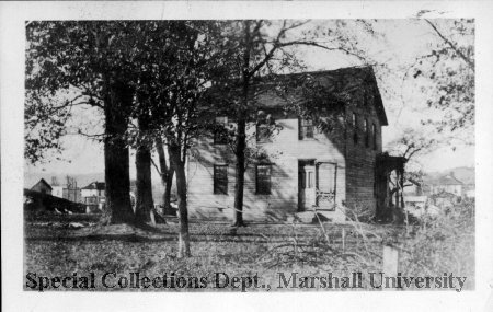 Another home on the plantation grounds, circa 1900. This house remains today, situated at Jefferson Avenue and 7th St.W. Courtesy of Marshall Special Collections.
