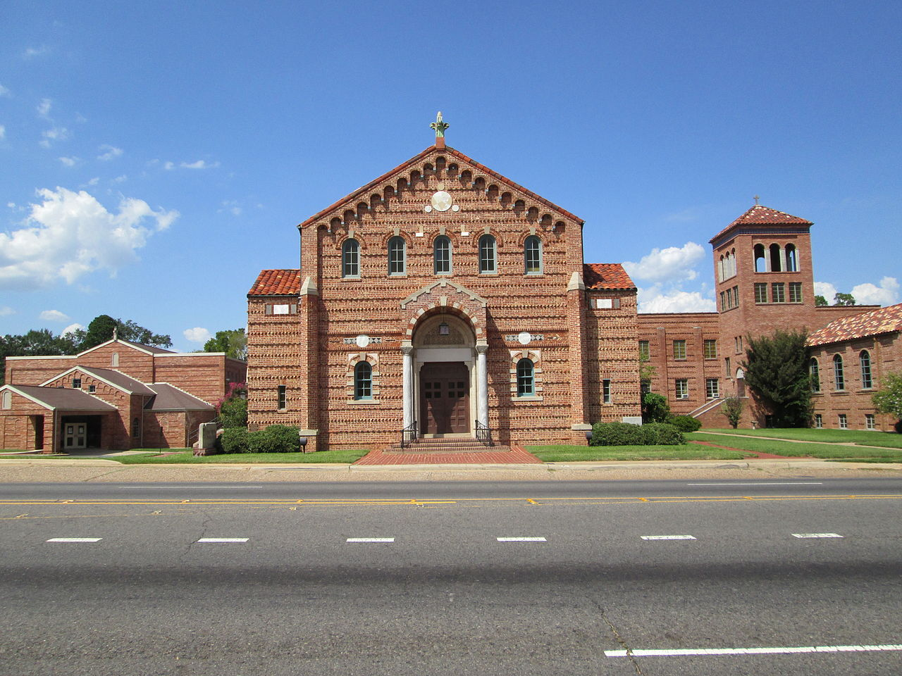 Kings Highway Christian Church features intricate brickwork, making it one of the most beautiful building in Shreveport.