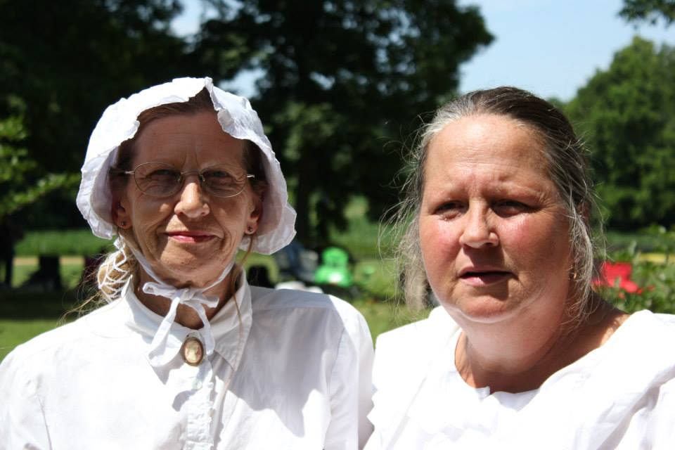 Both actors and spectators dressed in period clothing for the 2013 reenactment