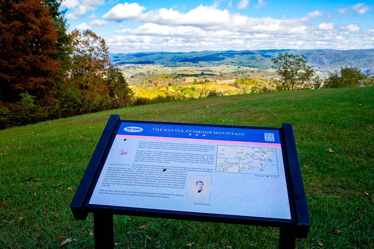 Interpretive signs throughout the park bring the battle to life.