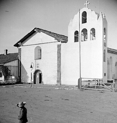 Santa Ines bell tower in 1911
