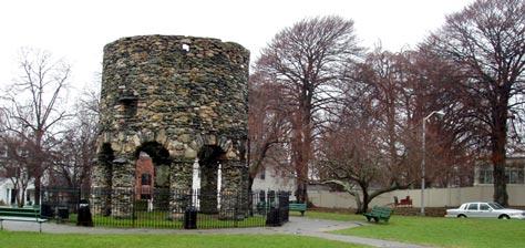 Newport Tower