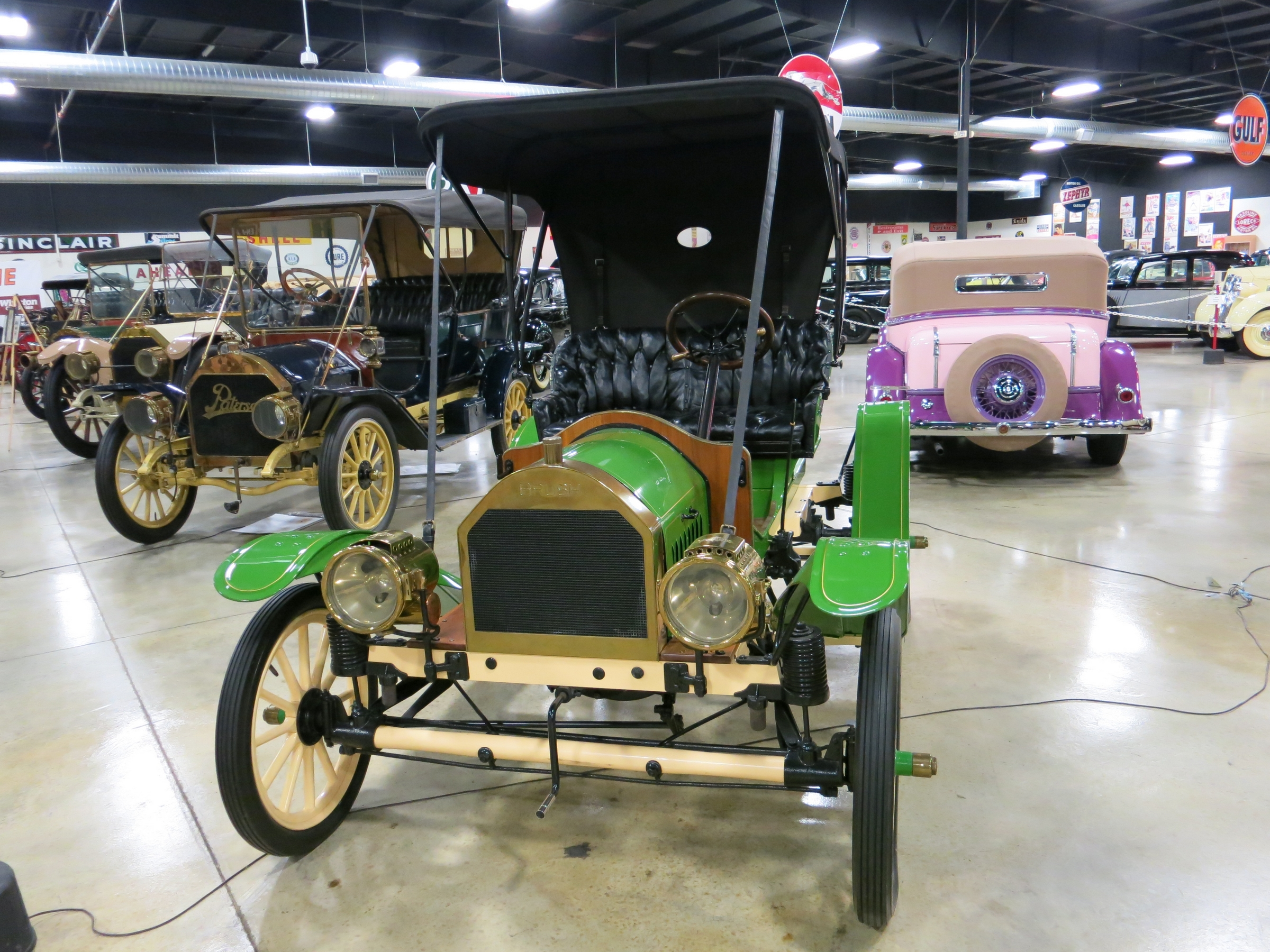 """Tupelo Automobile Museum, Tupelo, Mississippi"" by James Case from Philadelphia, Mississippi, U.S.A. - 1911 Brush. Licensed under CC BY 2.0 via Wikimedia Commons - https://commons.wikimedia.org/wiki/File:Tupelo_Automobile_Museum,_Tupelo,_Mississippi."