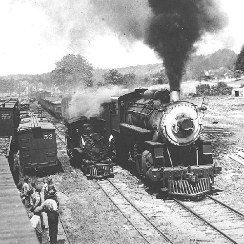 Standard gauge tracks compared to narrow gauge