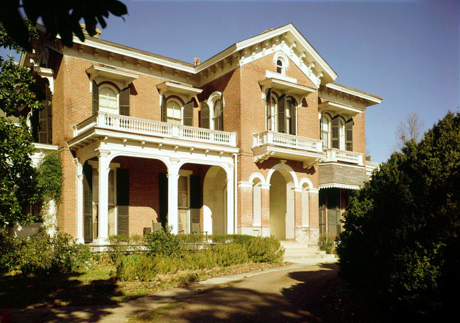 Ammadelle was built in 1861 and is an excellent example of Italianate architecture designed by Calvert Vaux.