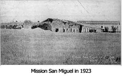 Mission ruins in 1923 before restoration began in earnest. Though a Catholic priest had returned to the parish decades before, the need to preserve and restore the missions was not recognized until the 20th century.