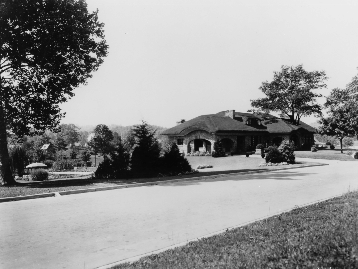 View of the house from Washington Blvd in 1925