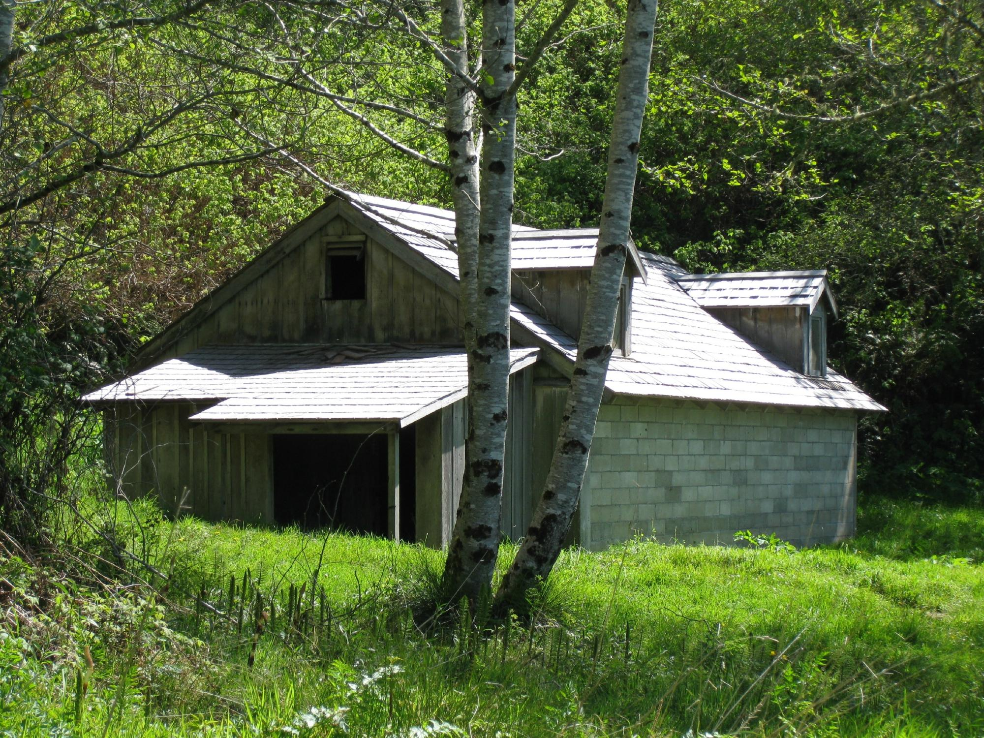 The power station (farmhouse)
