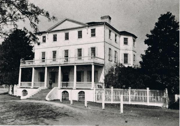 The estate fell into disrepair but was restored by Rear Admiral Lester Beardslee, who purchased the home in 1891 and lived here while he commanded the Port Royal Naval Station.