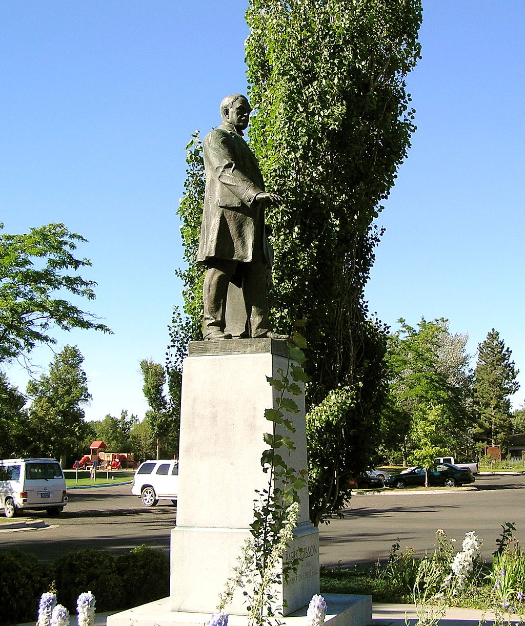 Paris Gibson (1830-1920) founded Great Falls in 1882. He served as mayor and later became a U.S. Senator.