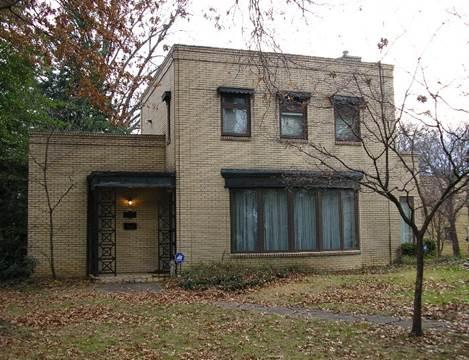 The Ensign-Seelinger House in Huntington, WV circa 2012