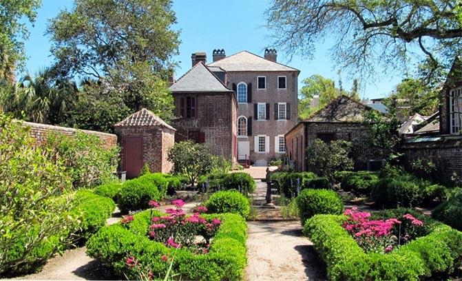 Heyward-Washington House Back Exterior and Gardens