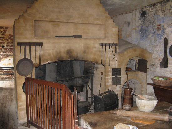 Heyward-Washington Interior Kitchen