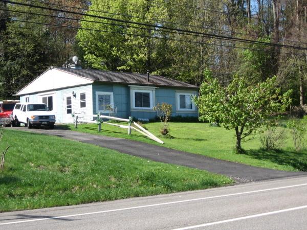 Lustron House at 2448 Vestal Parkway E.