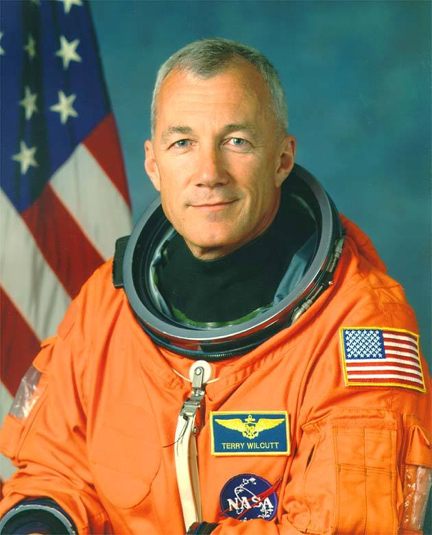 Native to Bowling Green and Astronaut Terry Wilcutt