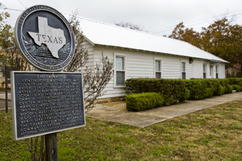 The Calaboose Museum and Texas Landmark Sign