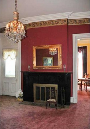 The James Taylor Mansion has several fireplaces.