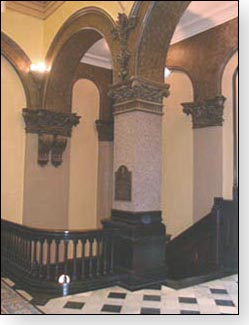 Here are one of the beautiful columns located inside the courthouse.
