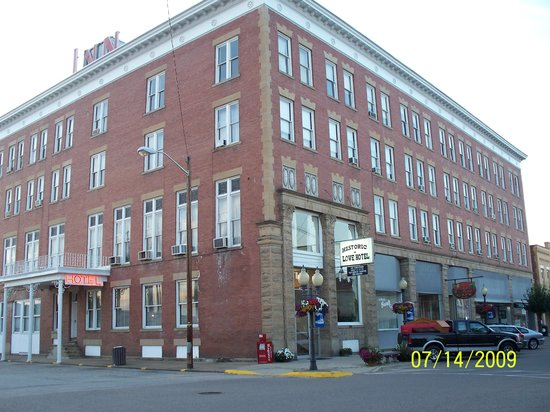 The Lowe Hotel dates back to 1901 and continues to offer meeting spaces and overnight accommodations.
