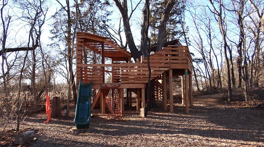 TreeTop Treehouse