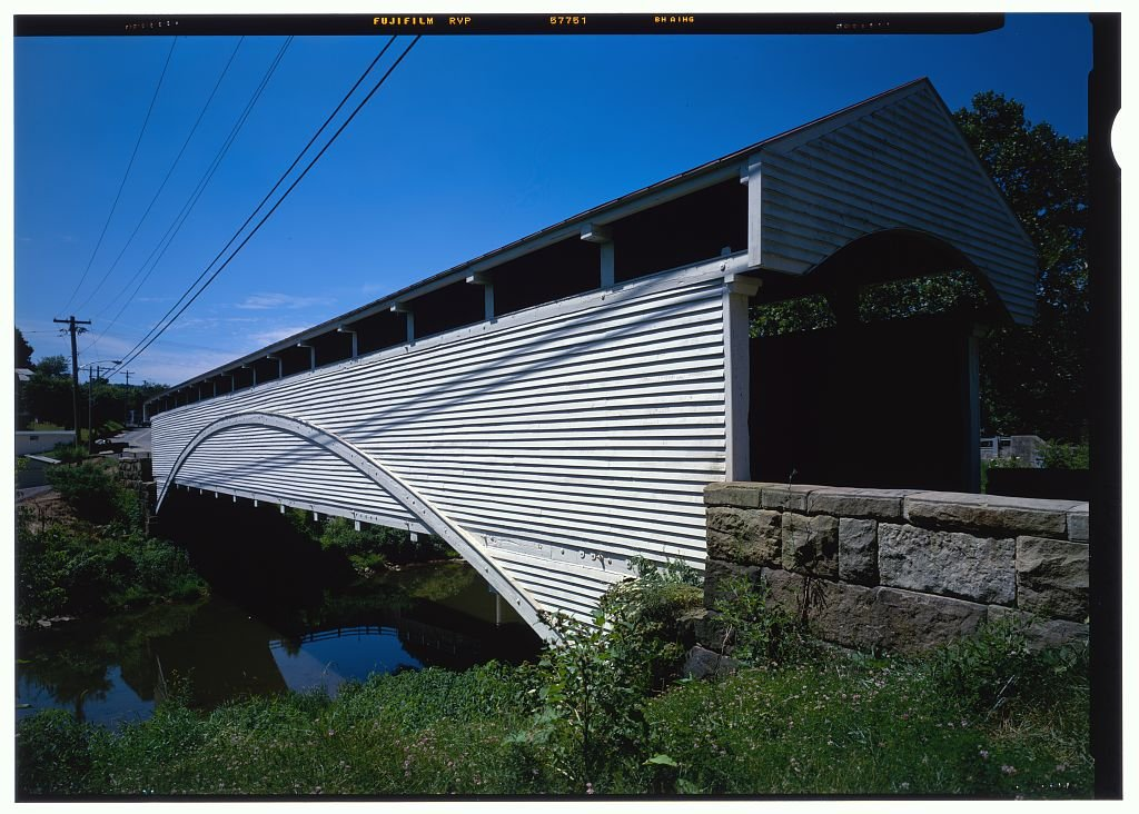 The Barrackville Bridge was previously painted white before later being changed to red. Image obtained from the Historic American Engineering Record, Library of Congress.