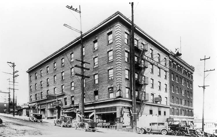 The hotel in 1929