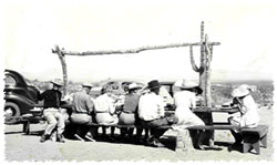 1940s photo of guests at the Ranch/Inn