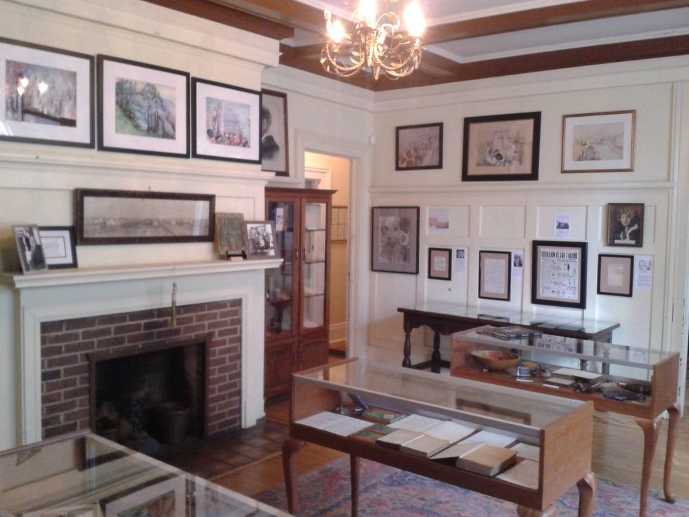 The interior of the Fitzgerald Museum, featuring some of the exhibits on display. Among them are letters exchanged between Scott and Zelda, as well as some of her paintings. Photo Courtesy: Gregory T. Janetka / Atlas Obscura