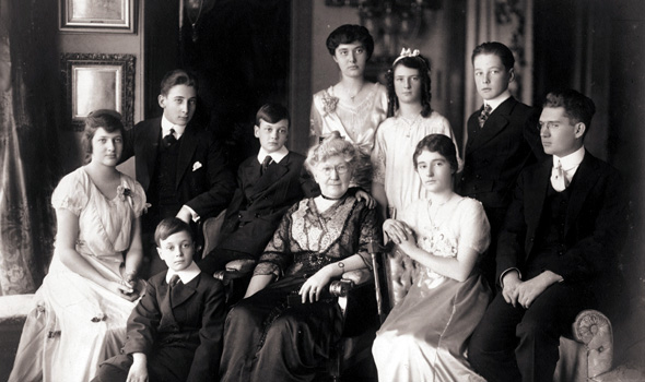 Portrait of the Seipp family