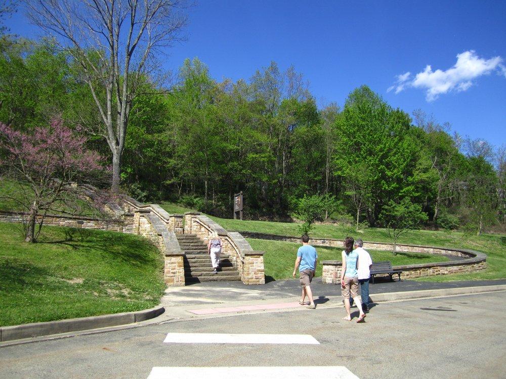 Steps leading up to the Mount Washington Tavern
