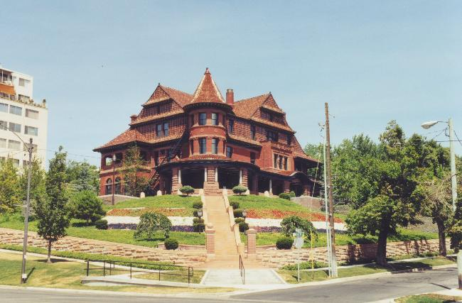 McCune Mansion in 2002