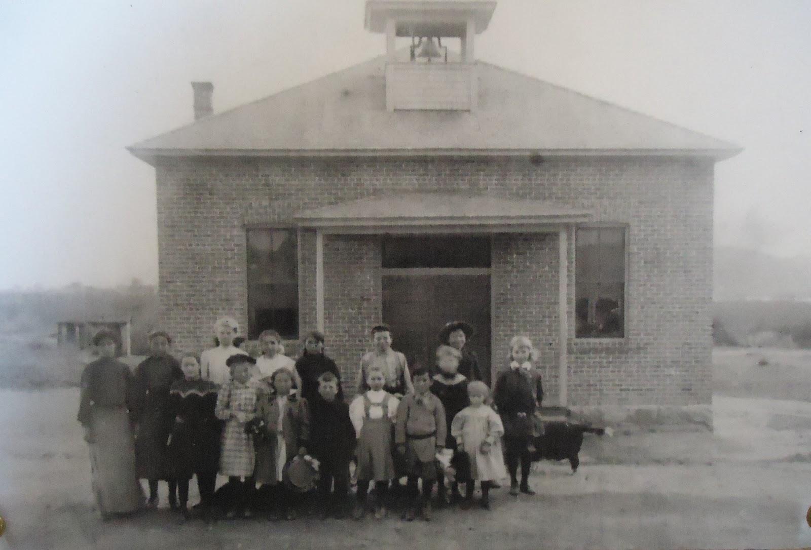 Garcia School in 1910