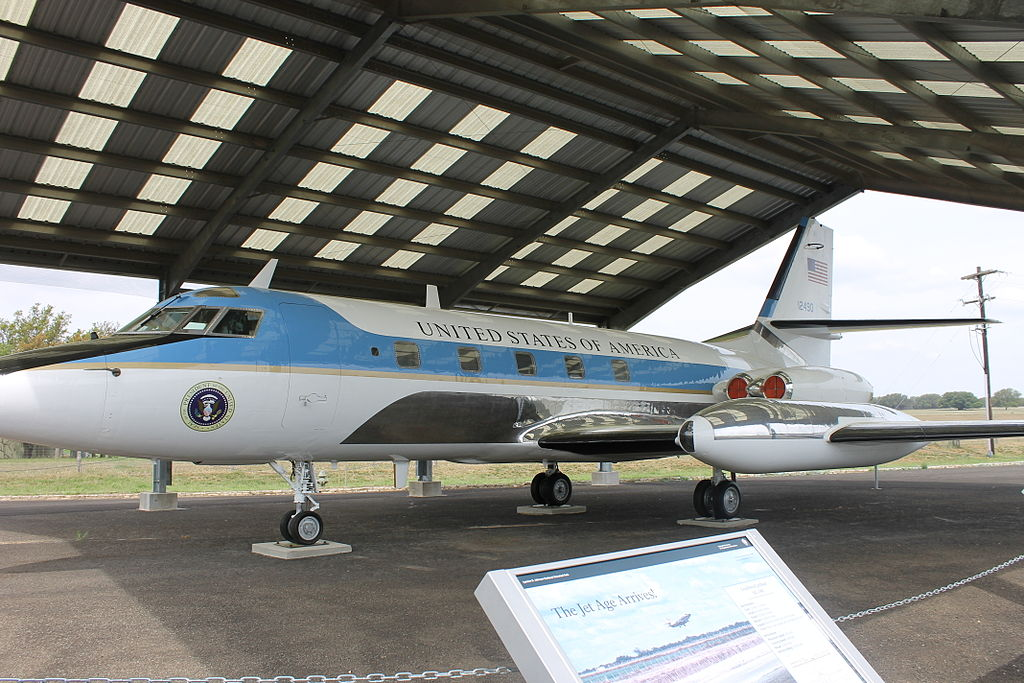 """Air Force One at LBJ National Historical Park IMG 1508"" by Billy Hathorn - Own work. Licensed under CC BY-SA 3.0 via Wikimedia Commons - https://commons.wikimedia.org/wiki/File:Air_Force_One_at_LBJ_National_Historical_Park_IMG_1508.JPG#/media/File:A"