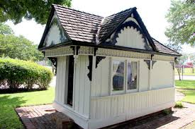 Victorian Teeling Playhouse, built in 1881, located on the grounds of the Earle-Napier-Kinnard House. Children can play in this house today.