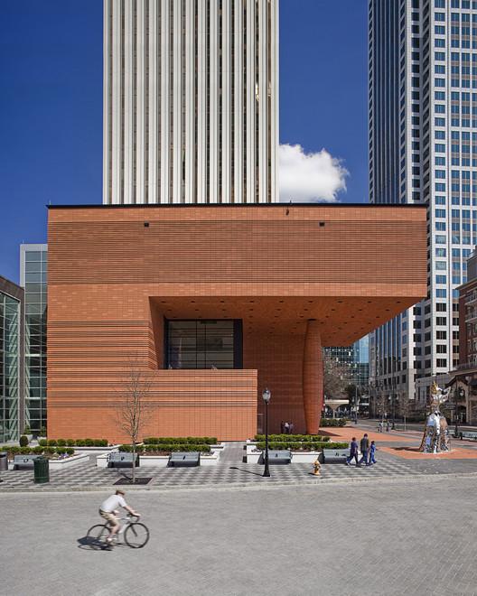 Bechtler Museum of Modern Art Exterior