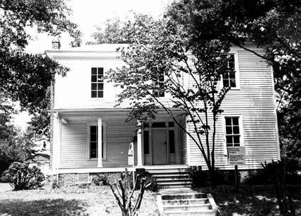 Dowd House Exterior 1978