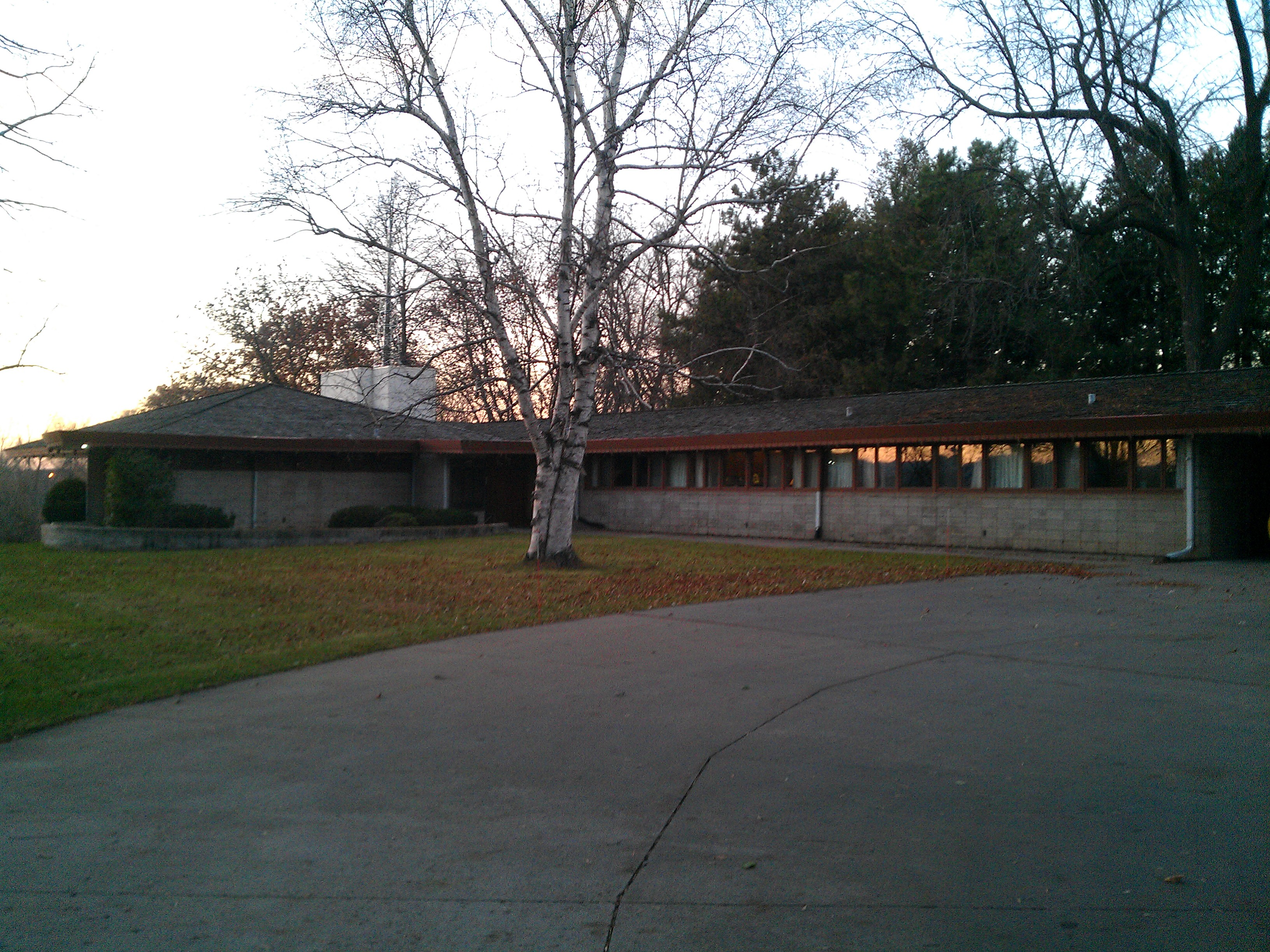 The Duey and Julia Wright House