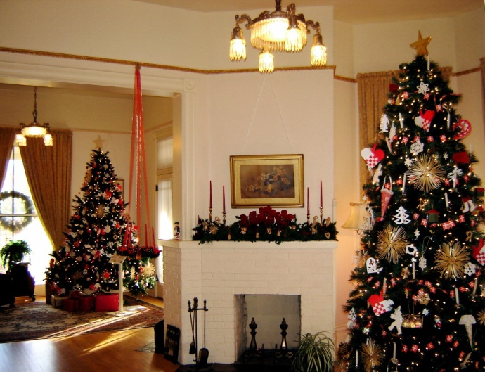 Petersen House during Christmas